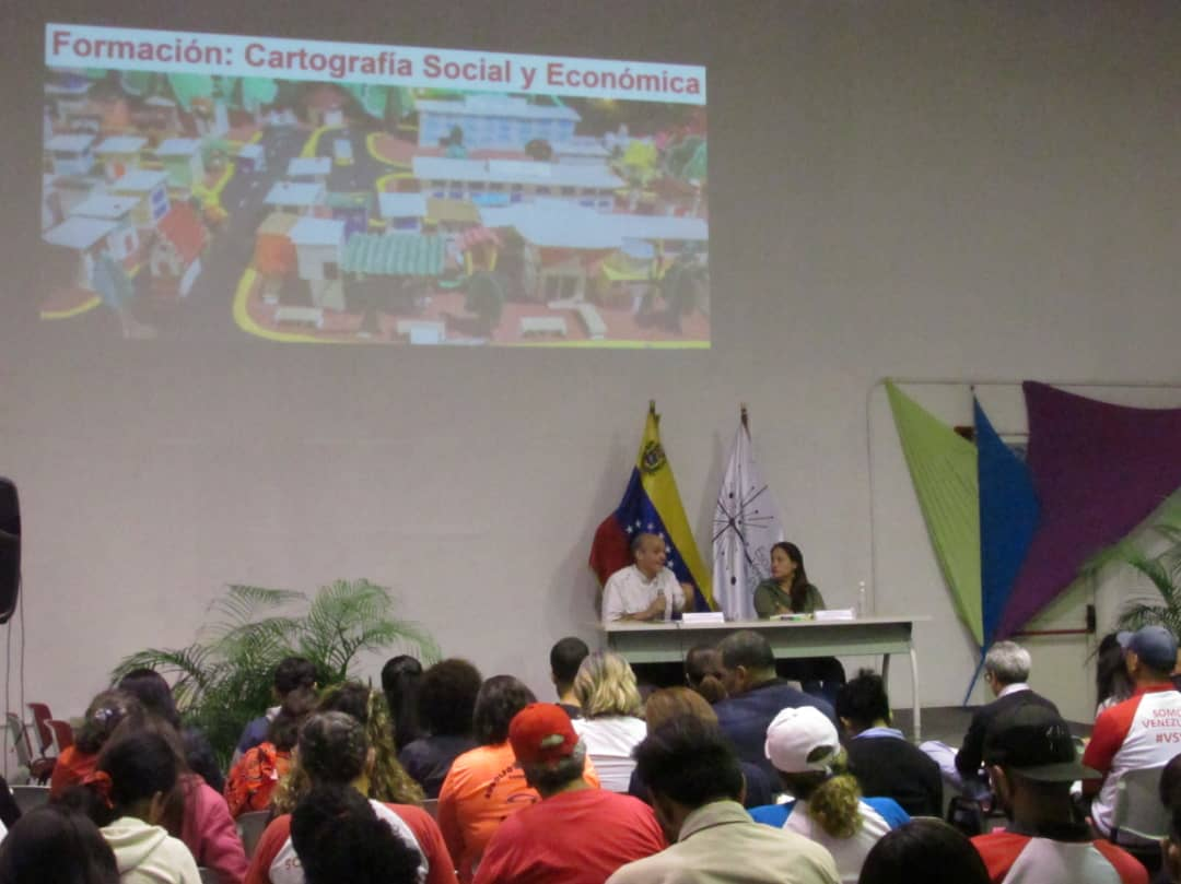 Jornada de formación en cartografía social y económica en la FEVP