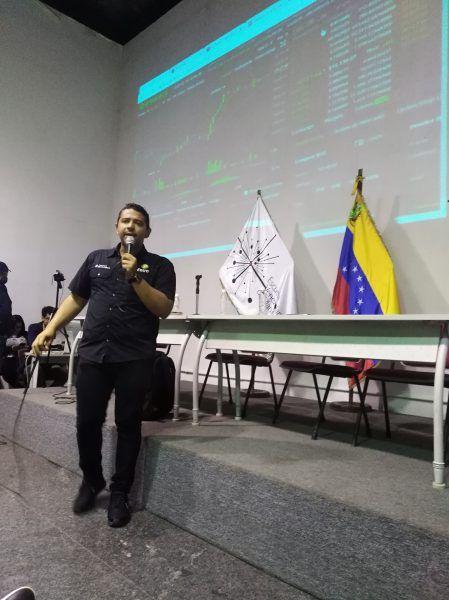 En la FEVP se llevó acabo el taller criptoeconomía de la Universidad Nacional Experimental de las Telecomunicaciones e Informática (Uneti).